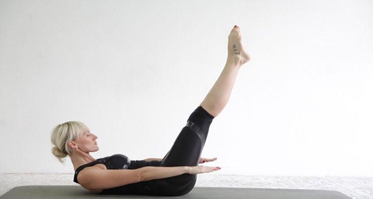 Exercícios para manter o corpo e a mente em forma em casa